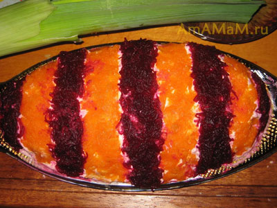 Украшение салата Селедка под шубой