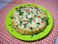 Рисовая запеканка с болгарским перцем, зеленым горошком и луком