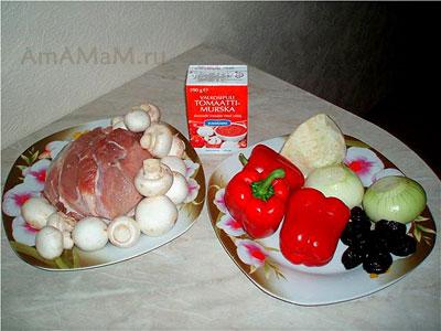 Состав продуктов для приготовления вкусной, сочной тушеной свинины, запеченной в духовке
