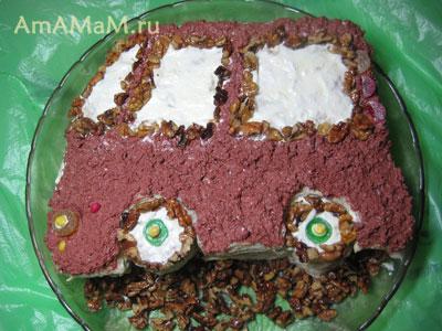 торт-машинка готов!