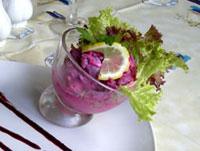 Как приготовить салат из сельди, яблока и соленых огурцов