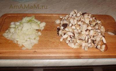 Способ нарезки грибов и лука для рыбы под грибным соусом