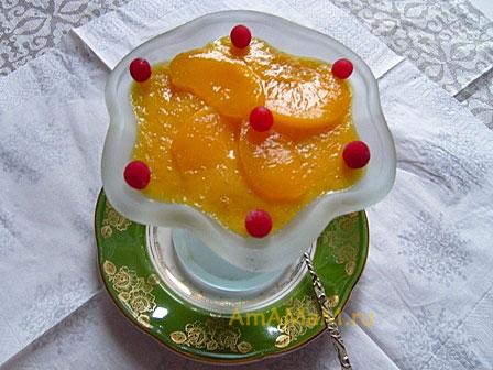 Готовое очень вкусное желе из мандаринов с йогуртом и ягодами