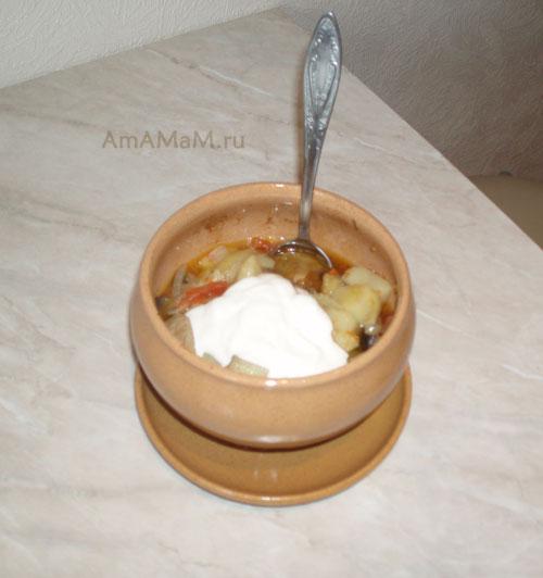 Готовим горшочки со свининой и картошкой и овощами в духовке - очень вкусное жаркое!