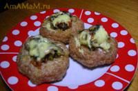 Очень вкусные котлеты с вешенками (грибами), запеченные под сырной корочкой в духовке