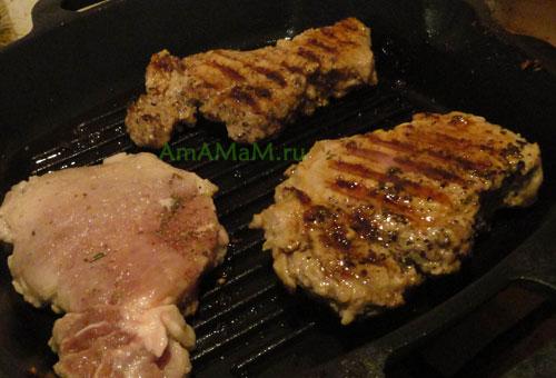 вкусная отбивная из свинины на сковороде