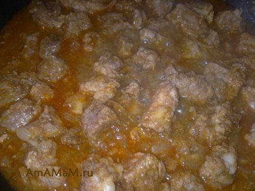 Приготовление Перкелта - венгерского тушеного мяса