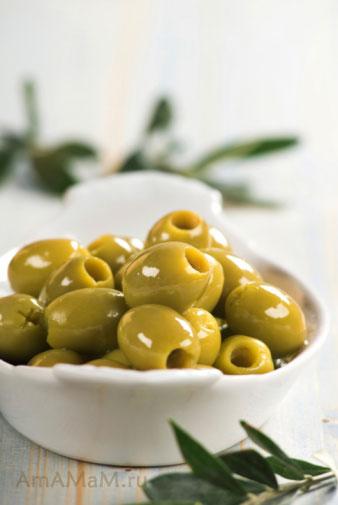 Мисочка с оливками без косточек