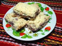 Как испечь рассыпчатое печень с вареньем
