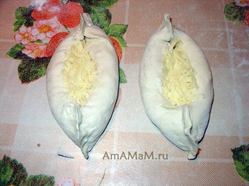 Как делать хачапури в форме лодочек - простой рецепт с фото