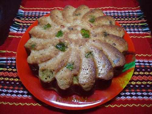 Очень вкусный пирог по-датски - пряничный бисквит с мармеладом, изюмом и цукатами