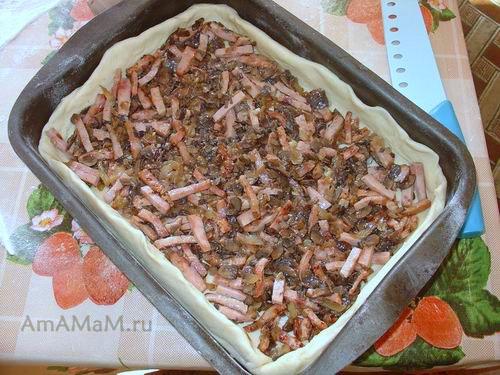 Как приготовить пирог с грибами и ветчиной
