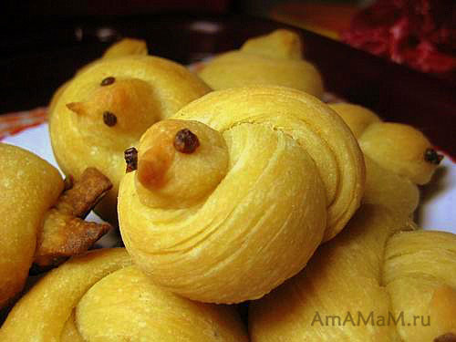 Жаворонки - печенье к празднику Жаворонки (Сороки) - рецепт и фото, технология приготовления из дрожжевого теста.