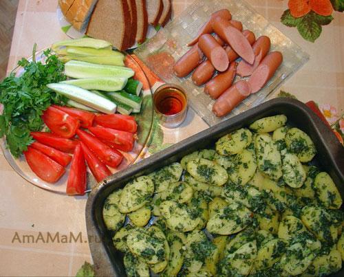 Как запечь картофель с зеленью и с чем подать