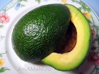 Что сделать из авокадо - вкусные рецепты простых салатов