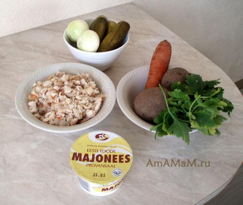 Из чего приготовить салат из копченой рыбы