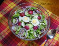 Очень вкусный салат с редиской, пекинской капустой, яйцами и огурцами