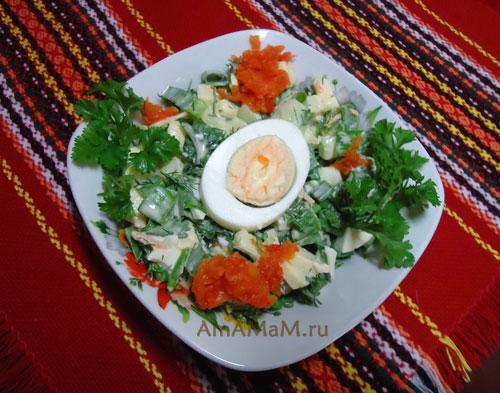 Как готовить салаты с яблочком - очень вкусный салат с фото!