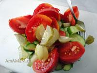 Вкусные рецепты: куда полодить малосольные огурцы - рецепт вкусного салата