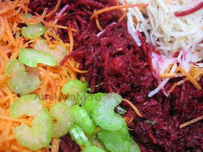 Салат из свеклы с кунжутом – кулинарный рецепт