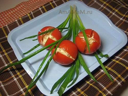 Салат Тюльпаны из помидоров - рецепт с фото