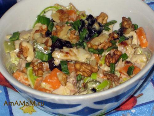 Что рпиготовить из тыквы с курицей и черносливом - рецепт вкусного салата!