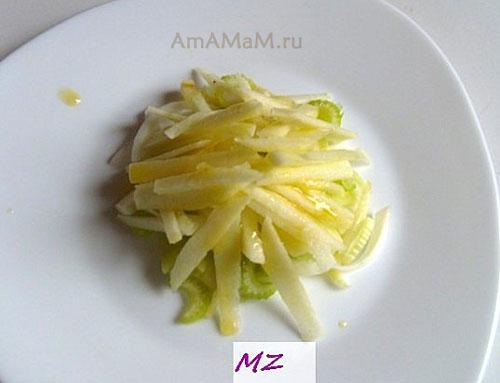 ПОрядок слоев салата с яблоком, сельдереем, луком и черносливом