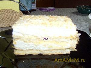 Быстрый и простой десерт - пирожное со слоеными коржами и кремом из мороженого Пломбир