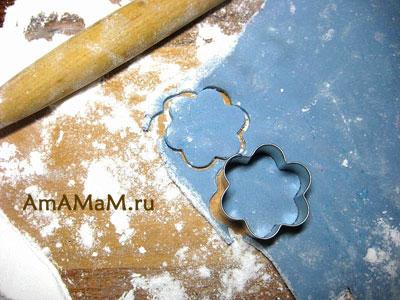 Технология изготовления розы из мастики - фото