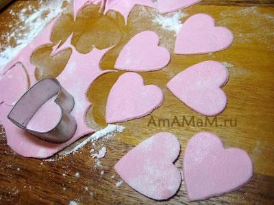 Как делать съедобные фигурки и аппликации из сладкой мастики