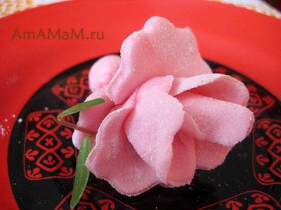 Как делать цветы (розы) из мастики