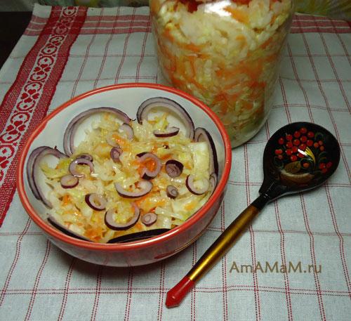 Как готовить салат из квашеной капусты