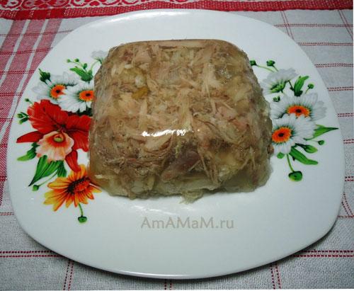 Как сделать холодец со свиной ножкой - рецепт очень вкусного студня